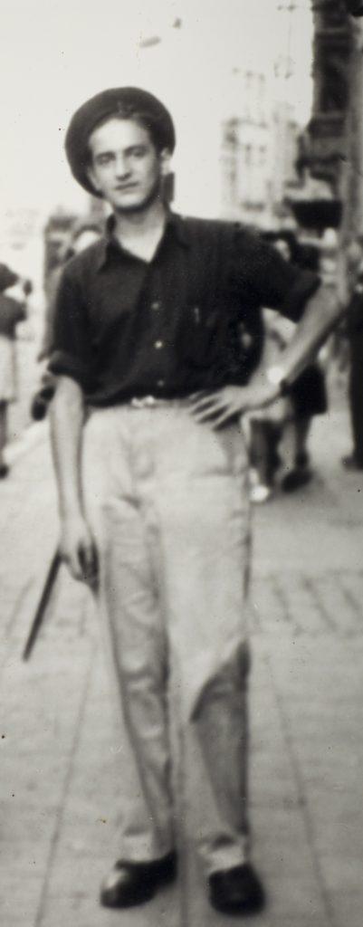 Elie Wiesel, 1946